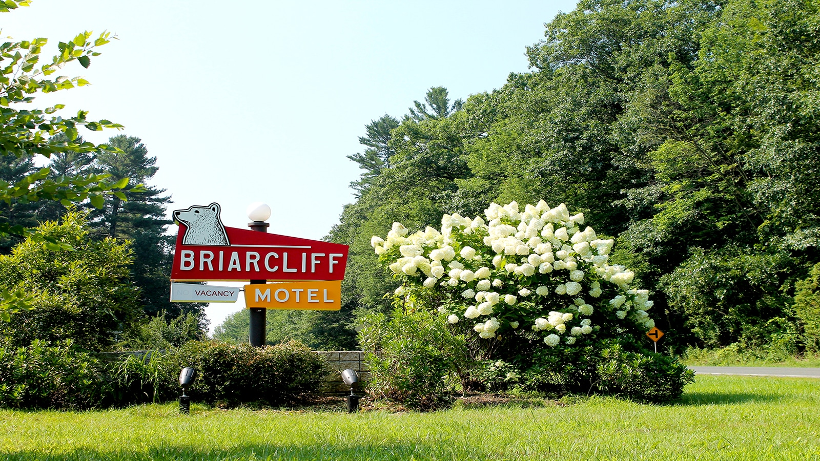 Braircliff_Sign